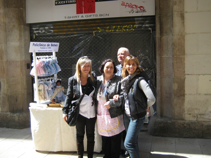 Celebration of retail in the Gothic quarter (3)