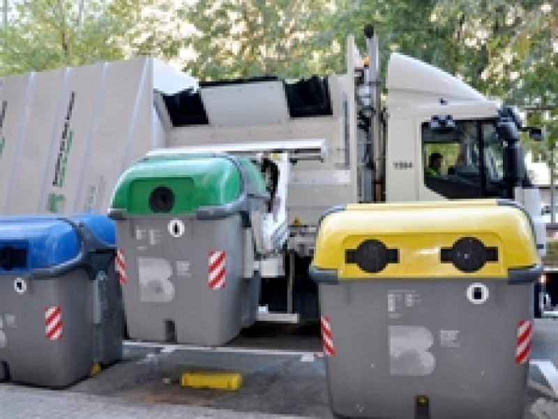 Fees for commercial waste collection 2013