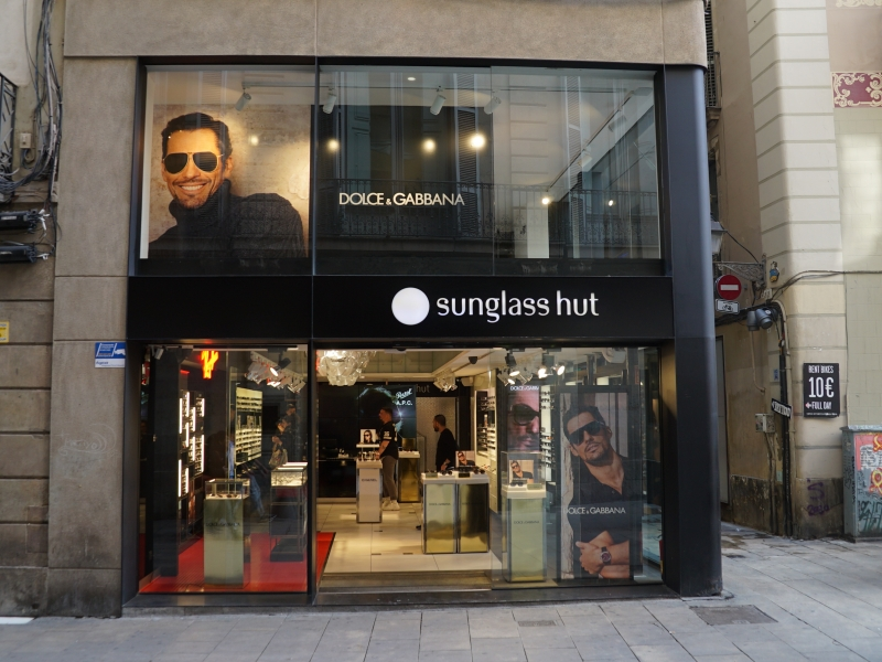 Sunglass Hut Portaferrissa